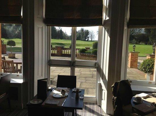 Oakley Hall Hotel: Vista desde el comedor