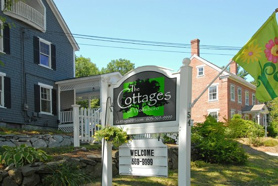 The Cottages of Wolfeboro Sign