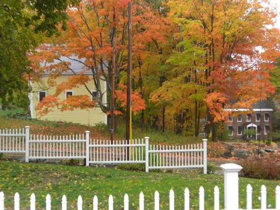 The Cottages of Wolfeboro : Fall is Gorgeous Here
