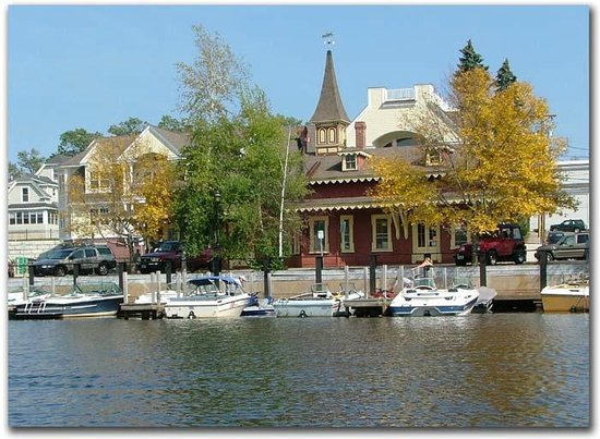 The Cottages of Wolfeboro: Back Bay Train Station