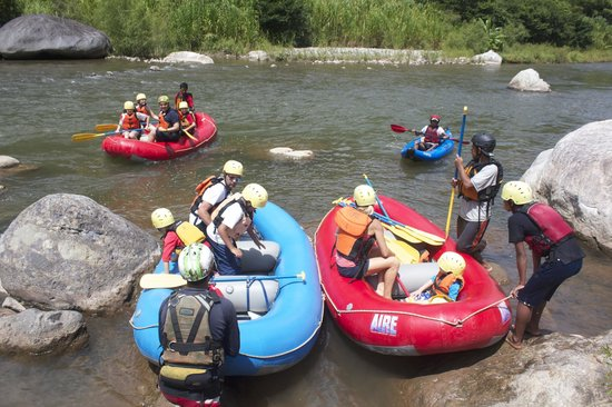 Villas Pico Bonito : Rafting family