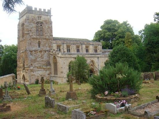 Sudeley Castle Cottages: church at Great Tew