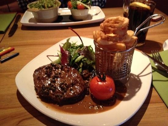 The Angel Inn: Steak and Chips..