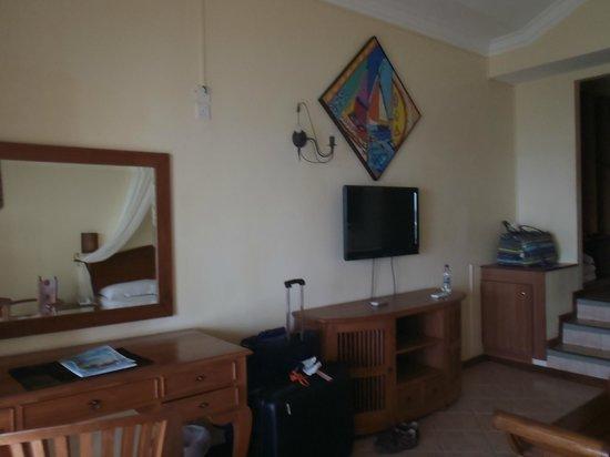 Blue Lagoon Beach Hotel: chambre supérieure