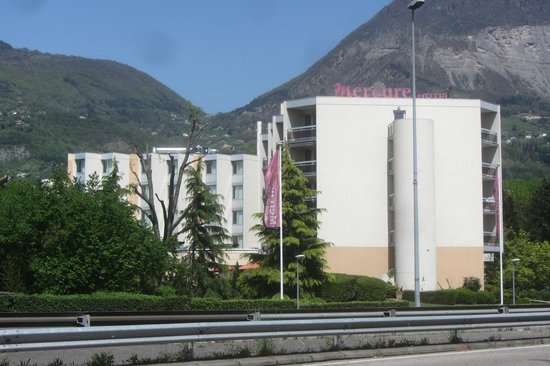 Mercure Grenoble Meylan: L'hôtel