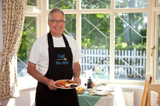 Eversley Guest House: Chef Howard