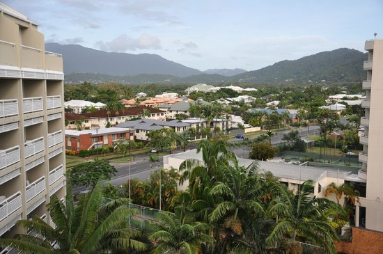 Holiday Inn Cairns Harbourside: View from the room