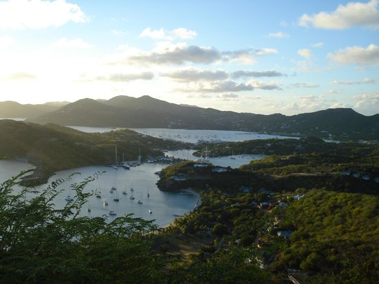 Shirley Heights Lookout : View of English Harbour