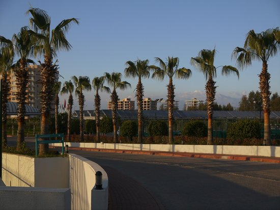 Baia Lara Hotel : Outside hotel