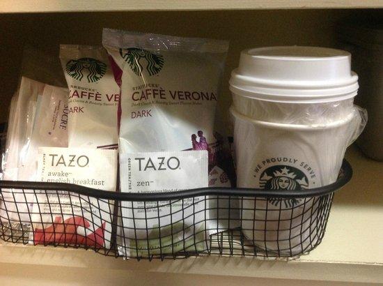 Coast Tsawwassen Inn: In-room coffee program (Starbucks Coffee & Tazo Tea)