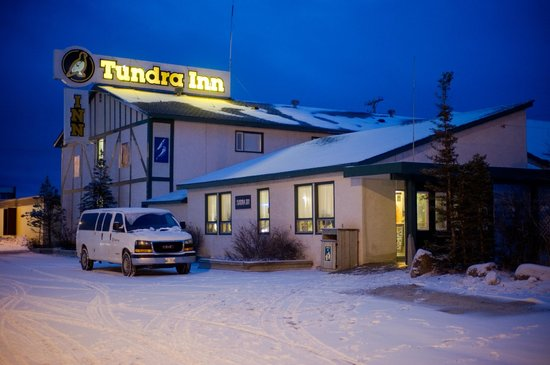 live music and food in Churchill manitoba