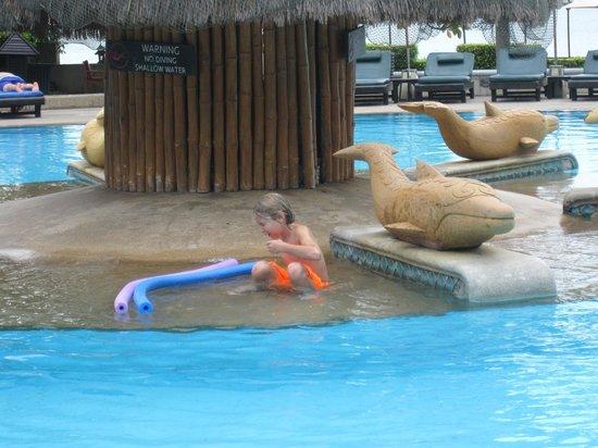 Hilton Hua Hin Resort & Spa: The pool