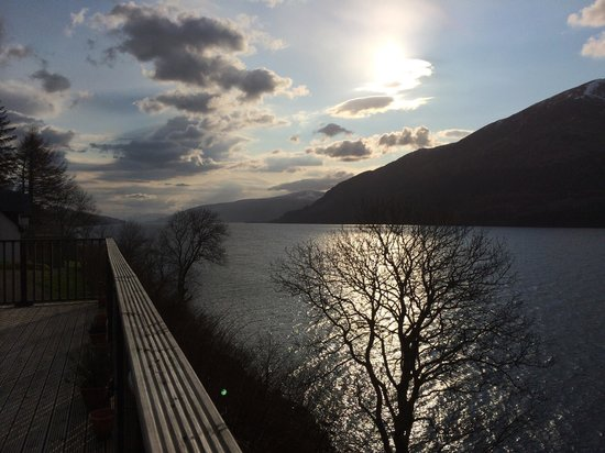 Letterfinlay Lodge Hotel: Decking as sun goes down looking South.