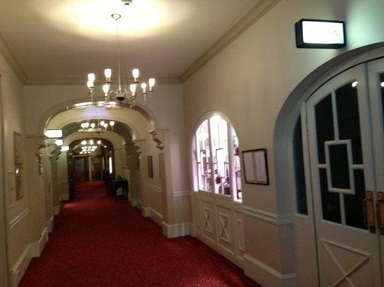 Royal Bath: Corridor