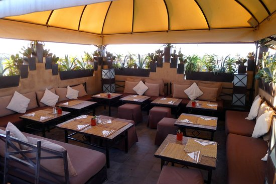 Un Déjeuner à Marrakech : Un Déjeuner à Marrakech Lounge Part