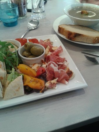 The Lighthouse Cafe and Bar: Delicious Antipasto platter & Homemade mushroom & tarragon soup!