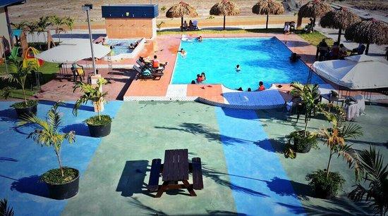 Express Inn Coronado Hotel & Camping: Piscina de adultos y niños / Swiming pools for adults and kids