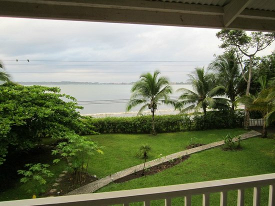 Sand Dollar Beach Bed & Breakfast: View from veranda