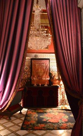 Palais Soleiman : Courtyard Side Room