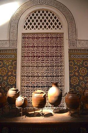 Palais Soleiman : Courtyard Decorative Arts