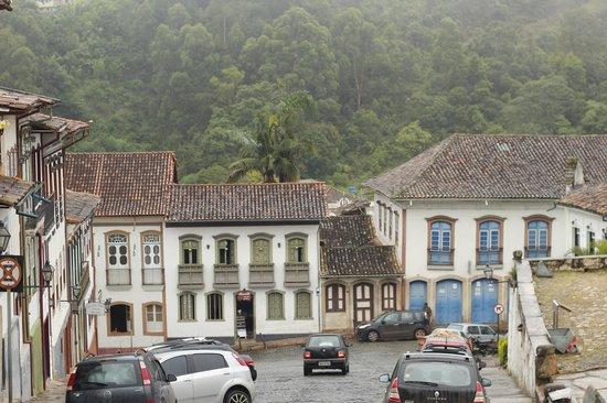Hotel Solar Do Rosario: Ouro Preto visto do hotel
