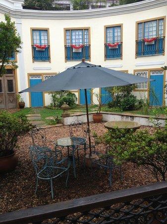 Hotel Solar Do Rosario: Pátio interno