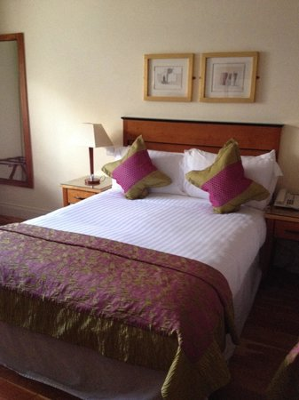 The Fairview: Comfortable beds, great room!