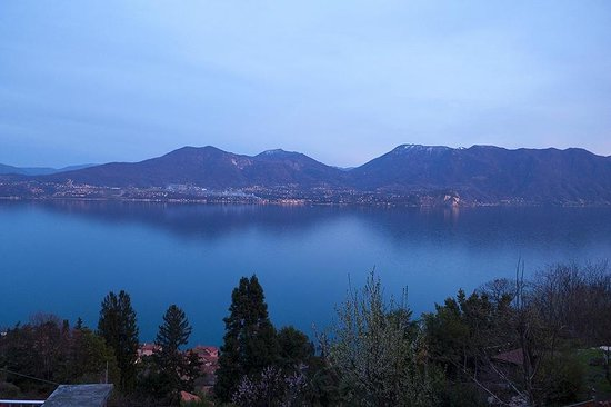 Erbaluna: Lago Maggiore at sunset from the balcony