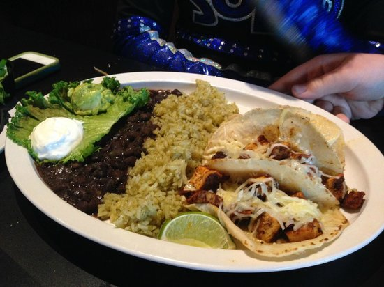 Bleu Monkey Grill: Cabo Chicken Tacos-stripped down with toppings on the side