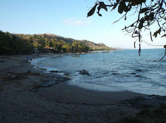 Hotel Luz de Mono: Beach near the hotel
