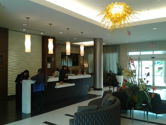 BEST WESTERN PREMIER Miami International Airport Hotel & Suites: Lobby recepcion
