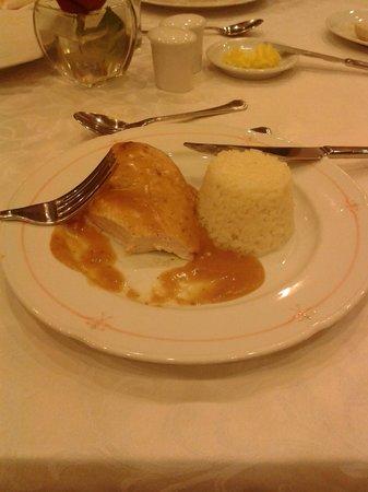 Crowne Plaza Santiago: un pollo exquisito!