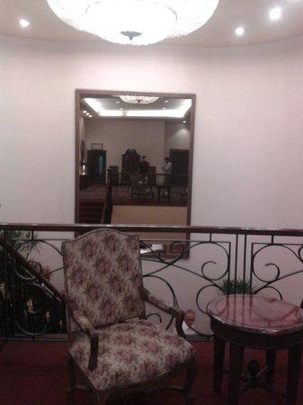 Crowne Plaza Santiago: piso 2