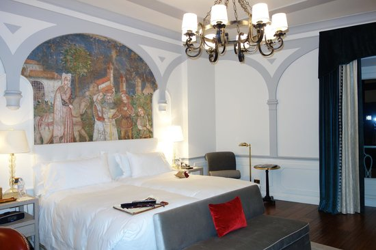 The St. Regis Florence: Deluxe River Room