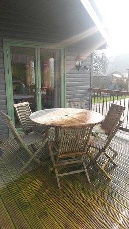 Hoe Grange Holidays: Rainster Decking