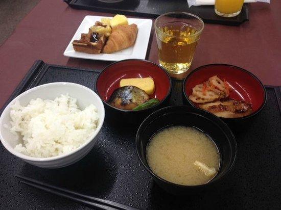 Dormy inn Premium Shibuya Jingumae : Great breakfast !