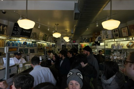 Russ & Daughters : Don't go on the weekend if you don't like waiting
