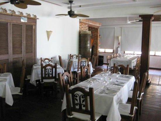 Montesacro Resto - Bar: Una vista del interior