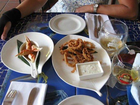 Montesacro Resto - Bar: Muelas de cangrejo y rabas