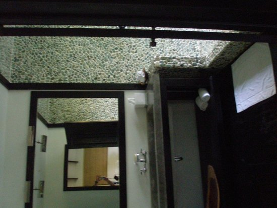 Belcampo Lodge : Large bath