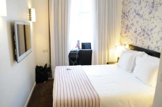 Internacional Design Hotel : Very Nice Room when arrived and look the same way after every cleaning.