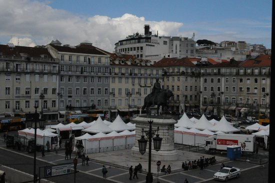 Internacional Design Hotel: Great View of the Square.