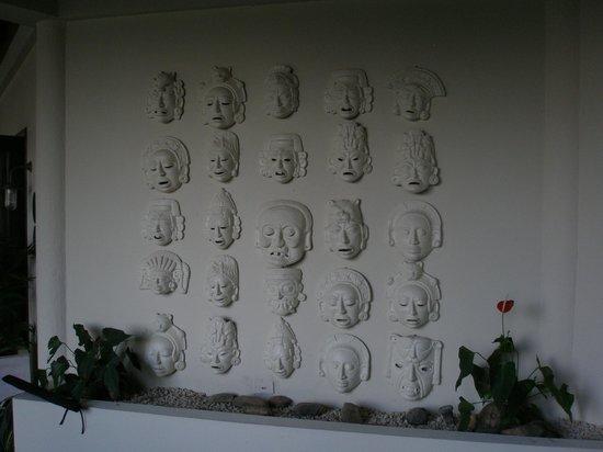 Copal Tree Lodge, a Muy'Ono Resort: Masks