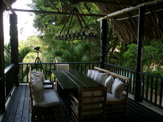 Belcampo Lodge : Outdoor dining