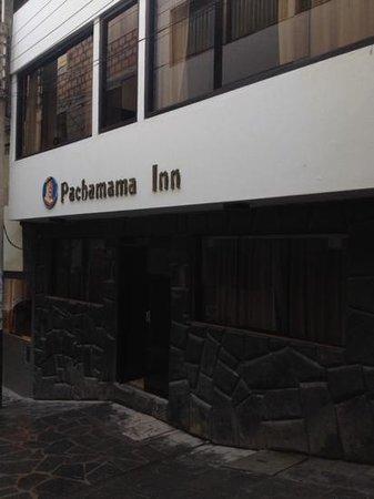 Hatun Pachamama Inn: outside
