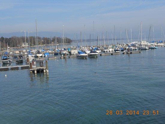 Bains des Paquis : marina