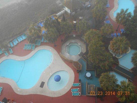 Beach Cove Resort : foggy day on balcony