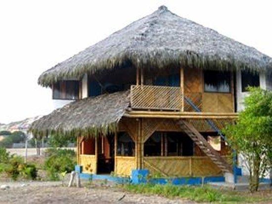 Las Tunas, Ecuador: Wipeout Cabaña Restaurant