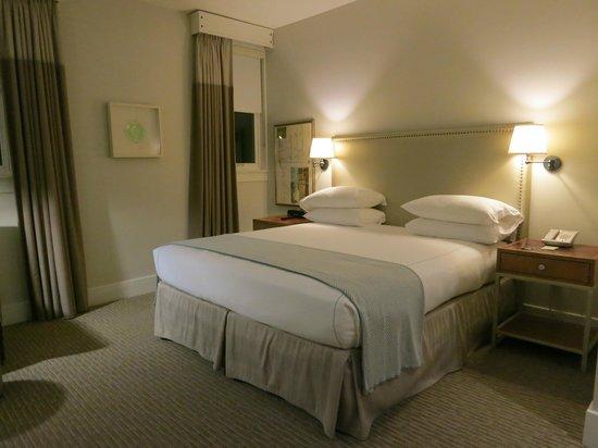 Hotel Parq Central : シンプルなお部屋だけど落ち着く