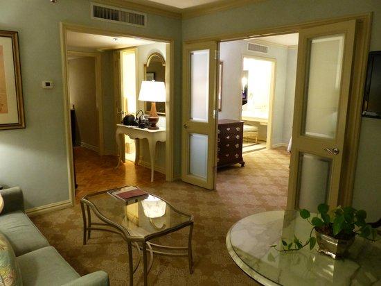 Windsor Court Hotel: Full suite
